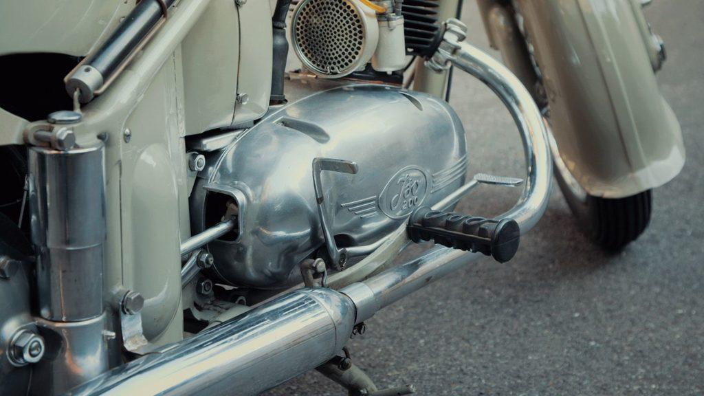 Iso Rivolta Thermos Iso 200 detail cardan joint